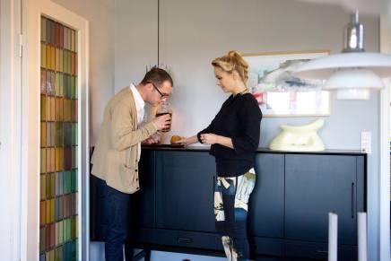 Carsten Michelsen og Mette Lehman gætter 'Hvem BorHvor'