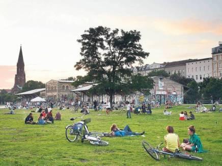Pudsig oplevelse i Görlitzer Park her tilaften