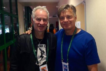 Michael Mortensen sammen med John McEnroe iParis