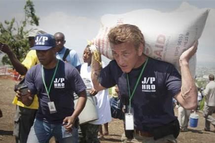 Sean Penn skriver om sit arbejde iHaiti