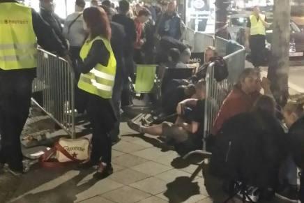 iPhone køen er det omvendte af Occupy-bevægelsen