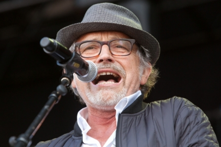 Lars H.U.G. returnerer pådansk