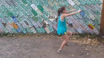 Denne 11-årige pige er dagens viralehit