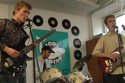 Fynske rockdrenge set af 8 millionere seere på japanskTV