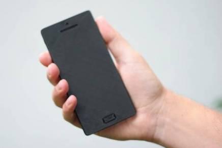 Kender du typen der sidder med sin iPhone i hånden heletiden?