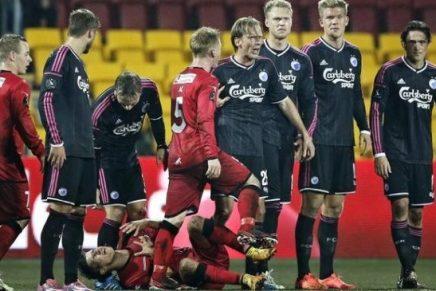 Se højdepunkter fra den kontroversielle kamp mellem FCN og FCK hvor Christian Poulsen modtager direkte rødtkort