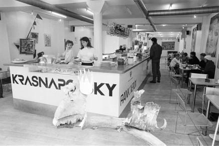 Café Krasnapolsky åbnede i Vestergade i april1984
