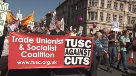 Socialister i Storbritanien lugter  blod efter jordskredsvalget iGrækenland
