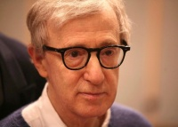 Woody Allen skal skrive og instruere sin første TV serie for Amazon