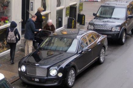 Dronning Margrethe har fået enpiercing