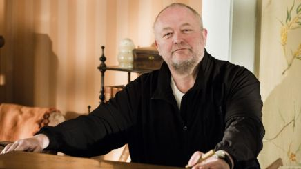 Bjarne Henriksen i rollen som tobaksfabrikant OttoFrigh
