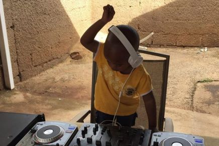 Mød DJ Arch Junior – den 2 årige DJ fraSydafrika!