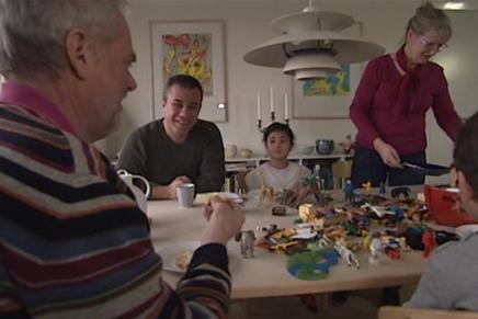 Danske familie hjælperflygtninge