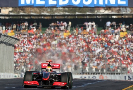 Formel 1 sæsonen begynder inat