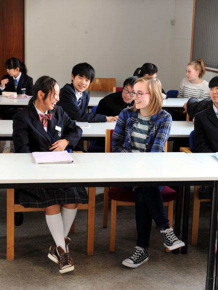Japanske skoleelever: Danskere erafslappede