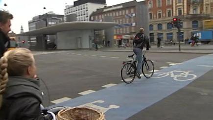 Københavnske cyklister kører af h…til