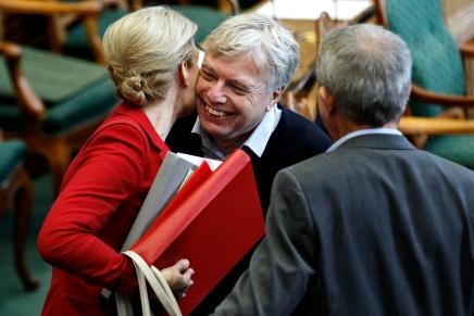Uffe Elbæk: Vi peger på Helle Thorning uden ultimativekrav