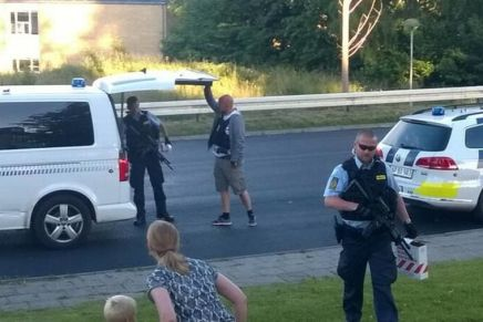 Militarisering af dansk Politi undslipper offentligdebat