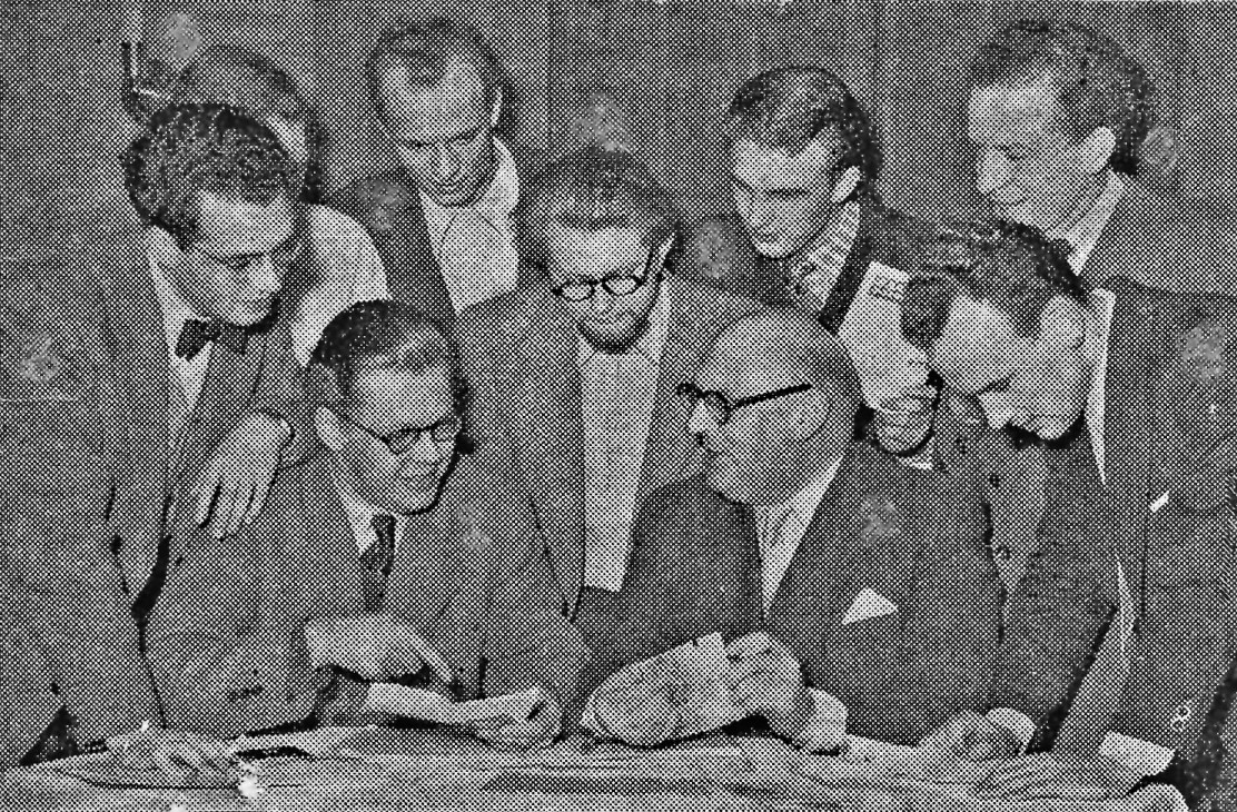 Boris Rabinovich, Jeppe, Breilig, Knudsen, Haandstad at meeting Dec. '52