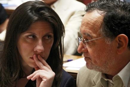 Syriza i Grækenland bliver splittet op i to politiskepartier
