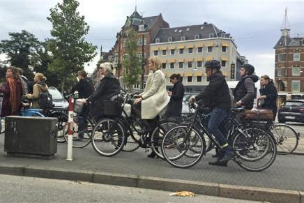 Slut med privatchauffør: Helle ta'rcyklen