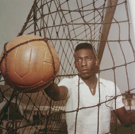 Pelé fylder 75