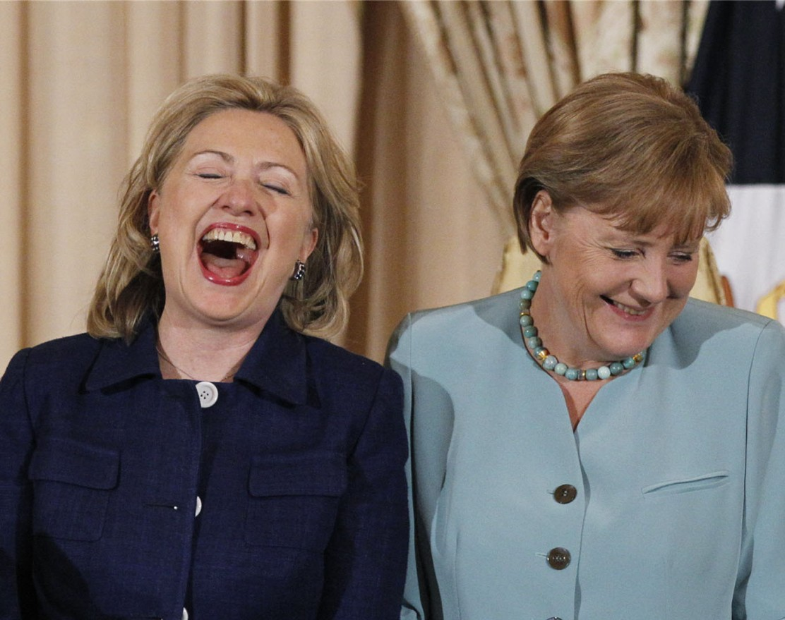 hillary_clinton_laughing_hd_wallpapers_desktop_windows_8.1