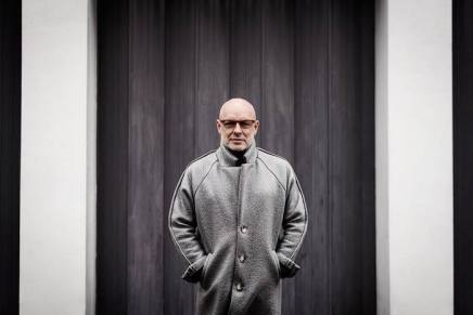 Fernisering: Brian Eno – The Ship