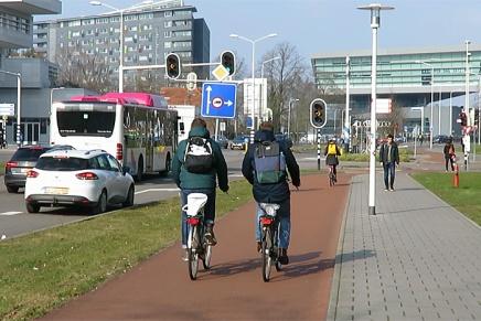 Se hvordan det er at cykle i Frankrig, Italien, Holland ogBulgarien
