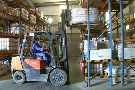 Saudi Arabiens sanktioner overfor Qatar gavner dele af den lokale industri, men skaderandre