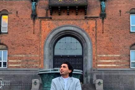 Badah Shah forlader Borgerrepræsentationen